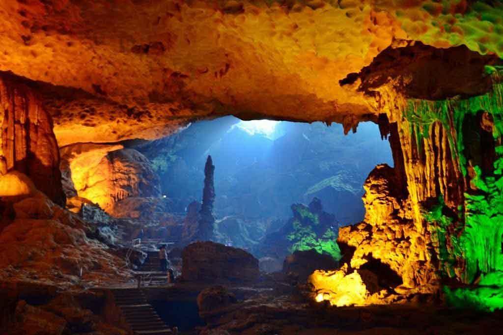 halong bay sung sot cave