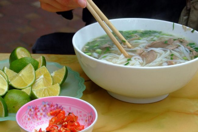 things to do in hanoi foods