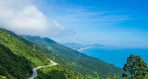Hai Van Pass – A beautiful coastal road